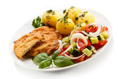 Pork chop and vegetables — Stock Photo