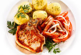 Grilled steak and boiled potatoes — Stock Photo