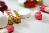 Tablets and capsules — Stockfoto