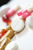 Tabletter och kapslar — Stockfoto