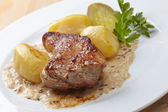 Meat with potatoes — Stockfoto