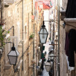 Narrow street in old city Dubrovnik, Croatia — Stock Photo