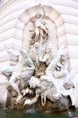Michaelerplatz fontanna w hofburgu kwartał, wiedeń, austria — Zdjęcie stockowe