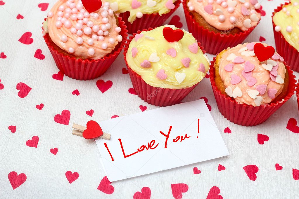 Valentine cupcake   Foto Stock #16227357