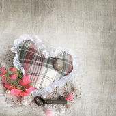 Background of old mail with keys, heart and flowers — Stock fotografie