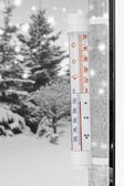 Cold winter thermometer — Stock fotografie