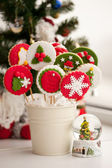 Hausgemachte weihnachtsplätzchen - gewürzkuchen — Stockfoto