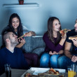 Pizza time for friends — Stock Photo