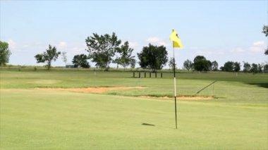 Campo de golfe — Vídeo Stock