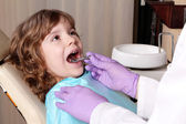 Little girl patient at the dentist — Stock Photo