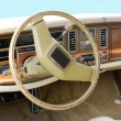 Oldtimer car dashboard and steering wheel vintage — Stock Photo