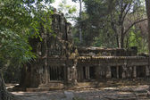 The ruins of small temple in Angkor Wat — Stock Photo