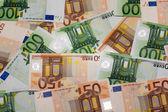 Europejskiej waluty - banknoty euro pięćdziesiąt i sto euro ba — Stok fotoğraf