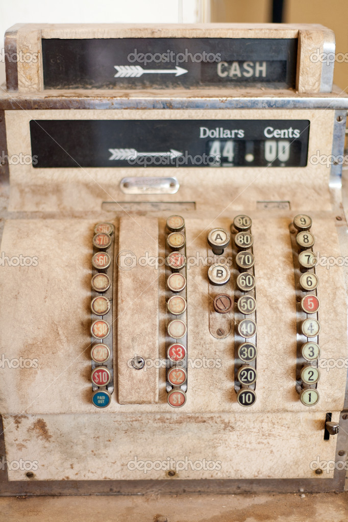 Close up detail of a very old cash register — Photo #12100213