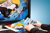 Diseñador en el trabajo. muestras de color. — Foto de Stock