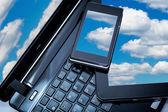 ноутбук, смартфон и планшетный пк — Стоковое фото