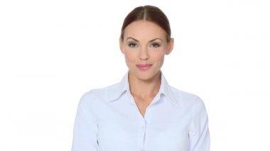 Bella giovane donna d'affari, mostrando il pollice per il successo — Video Stock