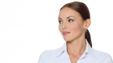 vacker ung affärskvinna söker sin rätt — Stockvideo #12894098