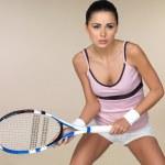 Woman playing tennis — Stock Photo