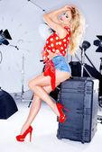 Sexy elegant model in a studio photo shoot — Foto de Stock