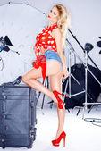 Beautiful elegant model in a studio photo shoot — Foto de Stock