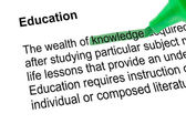 Highlighted word knowledge with green pen — Stock Photo