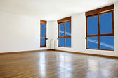 Empty interior room and windows — Stock fotografie