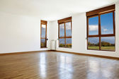 Empty interior room and windows — Stock Photo