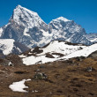 Mountain Cholatse and Tabuche Peak. Trek to Everest base camp. H — Stock Photo