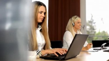 Business lady working in the office. The recruitment of a people — Video Stock