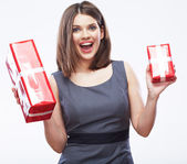 Business woman hold gift box. — Stock Photo