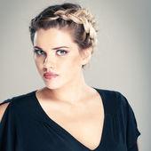 Woman hair style portrait — Stock Photo