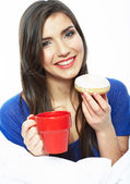 Woman with coffee and muffin — Stock Photo