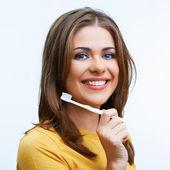歯ブラシを持つ女性. — ストック写真