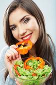 Kadın salatası ile — Stok fotoğraf