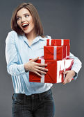 Woman holds gift boxes — Stockfoto
