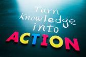 Przekształcić wiedzę w akcji — Zdjęcie stockowe