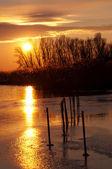 Sunset at Lake Balaton in winter time,Hungary — Stock Photo