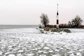 Breakwater at Lake Balaton in winter time, Hungary — Zdjęcie stockowe