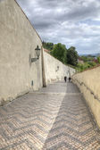 Descent from the Cathedral of Saint Vitus — Stockfoto