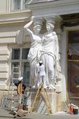 Repair of caryatids — Stock Photo