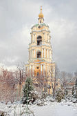 An ancient monastery is in the center of city Moscow — ストック写真