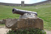 Genoese fortress. Ancient cannon — Stock Photo