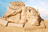 Shortlived sculpture from sand. Story of Theseus and the Minotau — Stock Photo
