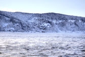 Rimy shore river Angara. HDR. Siberia — 图库照片