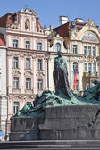Jan Hus. The monument was erected in 1915 — Stock Photo