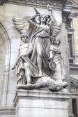Paris. Sculptures on the facade of the Opera Garnier. Sculptural — Stock Photo
