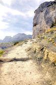 Crimea. Path through mountains  — Stockfoto