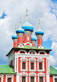 BEAUTIFUL CATHEDRAL IN UGLICH, RUSSIA — Stock Photo