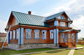 Traditional russian rural wooden house — Stock Photo